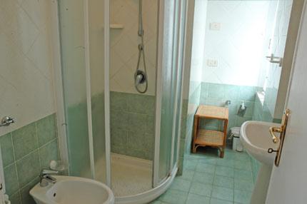 Isola d 39 elba appartamenti denise s andrea appartamenti - Doccia finestra ...